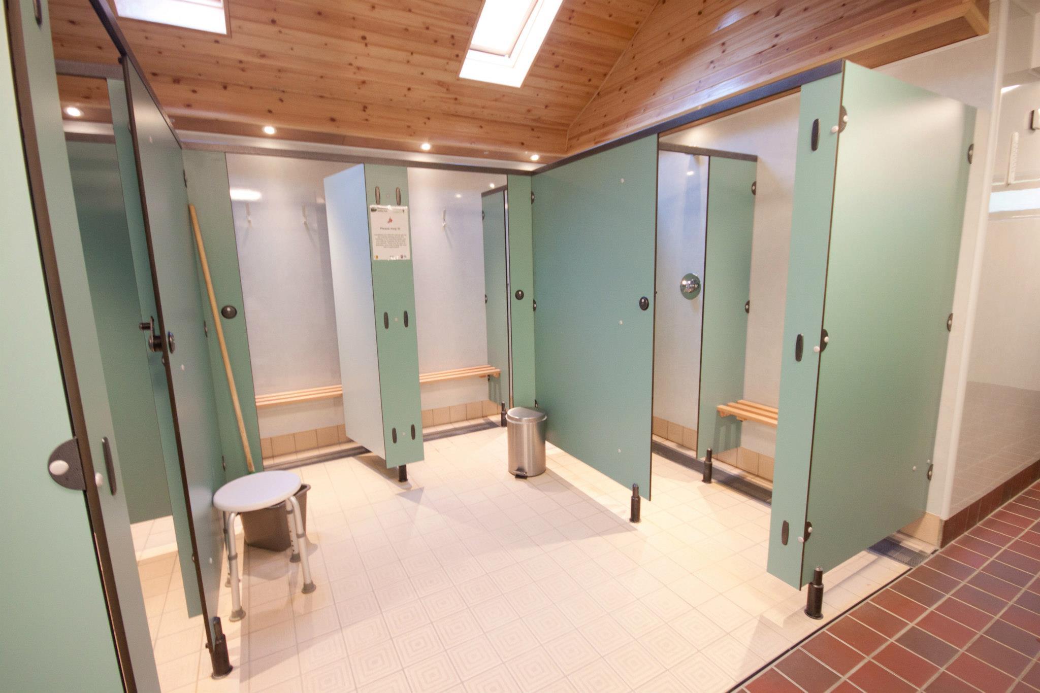 Park Facilities Broadhembury, Private cubicles